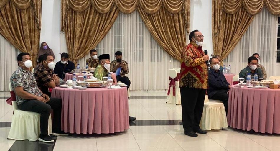 Bupati dan Ketua KONI Pasaman Hadiri Rapat Evaluasi Persiapan Jelang PON Papua